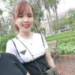 Hoa Nguyễn photo